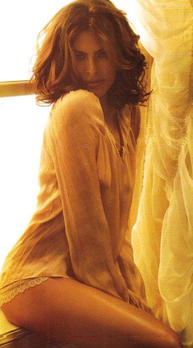 Eva Mendes Vogue'a soyundu - 71